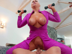 Kristina Shannon Does Her Exercises While Riding Trainers Hard Cock