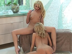 Sexy Blonde Dykes Satisfy Each Other