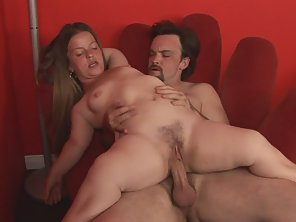 Horny Cunt Gets Pussy Drilled