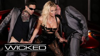Wicked Pictures – Jessica Drake Takes Facials From 2 Cocks