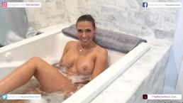 Rachel Starr In The Bathtub