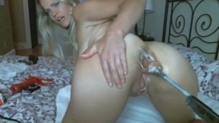 Blond MILF Taking Fuck Machine In Juicy Pussy And Asshole